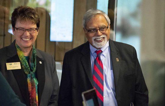 President Hensrud joined Chancellor Malhotra at his Oct. 5 Partnership Tour stop at Bemidji's Mayflower Building.