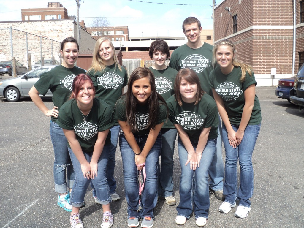 BSU Social Work students volunteering at the Dorothy Day Center in Minneapolis.
