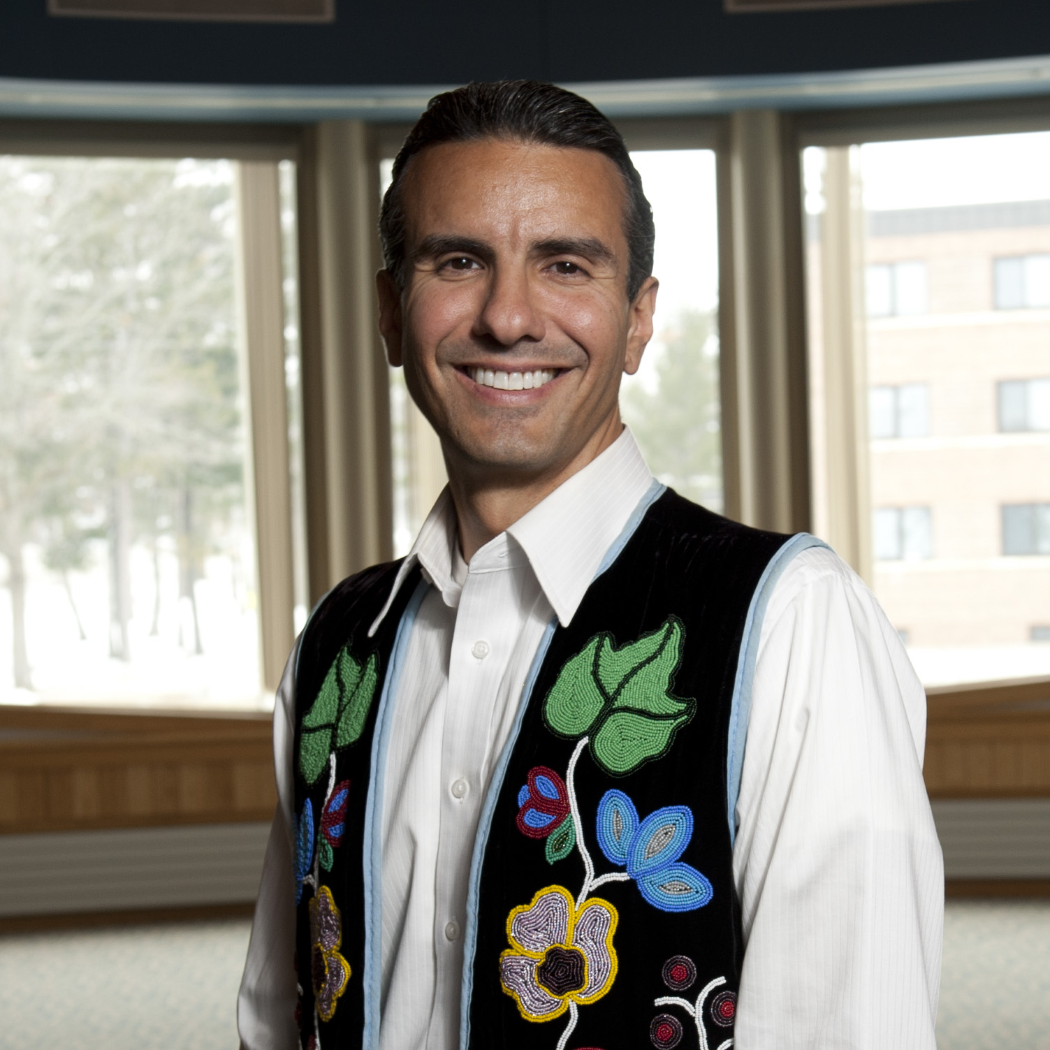 Photo of Dr Anton Treuer