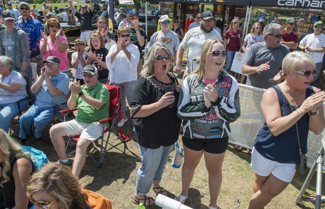 Tournament weigh-in sessions drew hundreds of fans to Bemidji's Paul Bunyan Park each day.