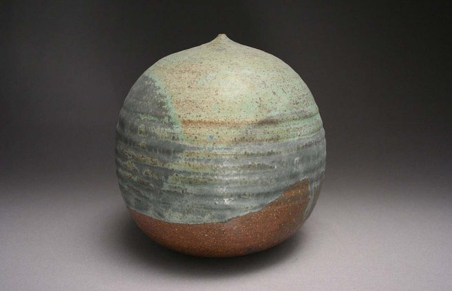 Takjaezu Toshiko—stoneware sphere
