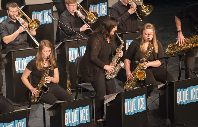 Blue Ice Jazz Band, saxophone